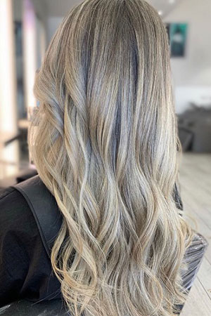 Natural Looking Hair Colour