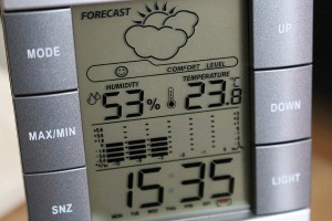 weather-station-572856_960_720