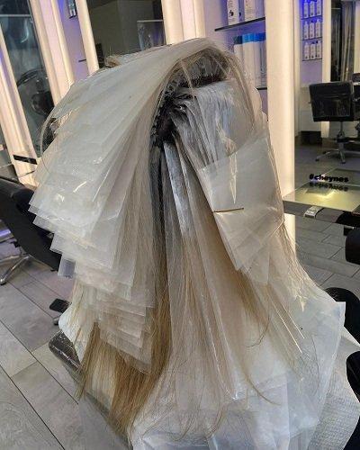 Clipmeche-Highlighting-System-for-Hairdressers-at-Cheynes-Hairdressing-in-Edinburgh